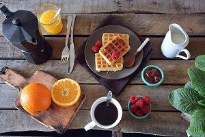 Breakfast waffles with marmalade