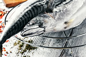 Cooking raw mackerel