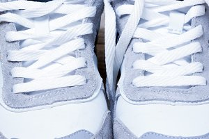 sneakers laced white laces