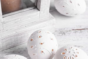 decor carved eggs