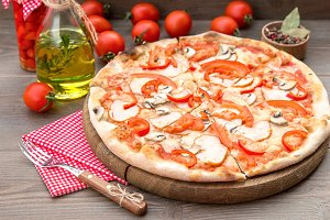Italian Pizza with mushrooms peppers