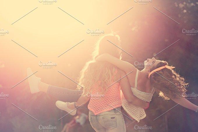 Best girlfriends. Sunset. - People