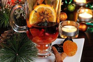 Ingredients of Christmas mulled wine