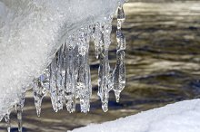 Whimsical garland of icicles