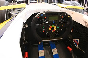 Steering of competition car