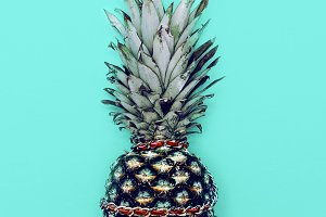 Glamorous Pineapple with chain