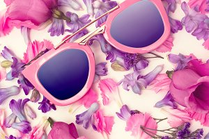 Sunglasses and Flowers Minimal