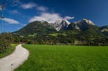 Ways to the Mountains