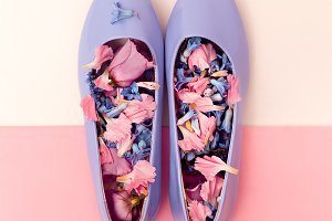 Womens shoes and flowers