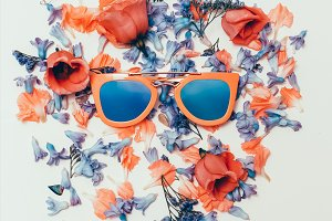 Fashion Sunglasses and Flowers Mix
