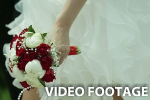 bridal bouquet n the hand