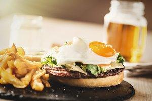 Cheeseburger with egg