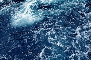 Splashing Ocean wave