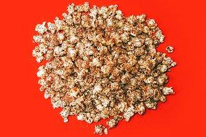 Golden Popcorn Minimal