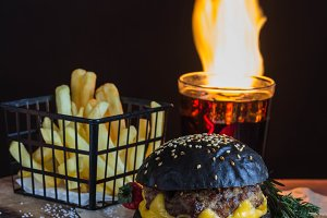 Black Burger and fire
