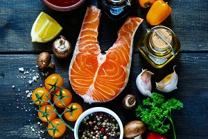 Salmon steak with ingredients