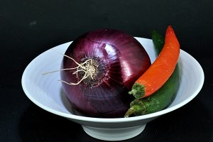 purple onion with spicy chili