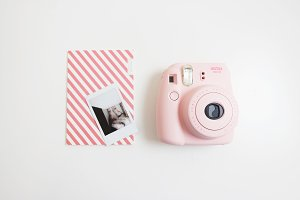 Hero Image Pink Instax / Notebook