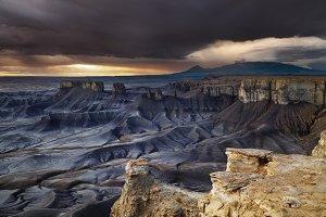 Moonscape Overlook in Utah desert