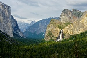 Bridal Veil Falls Lighting, Yosemite