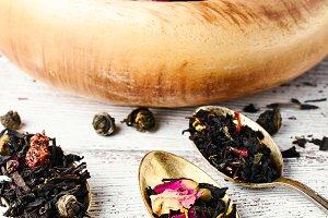 Varieties of tea leaves