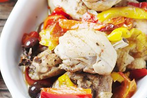 Cooked chicken with tomato