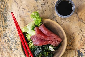 Sashimi Tuna with soy sauce