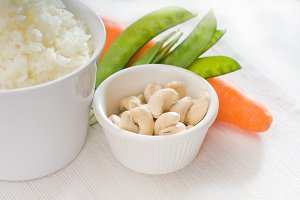 cashew nut and vegetables