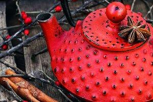 Warming and invigorating tea