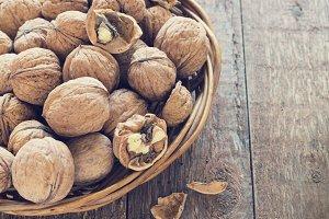 Lots of healthy walnuts