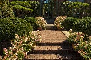 Brick Gardens (Photo)