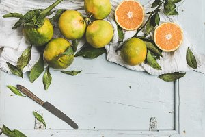 Fresh Turkish tangerines with leaves