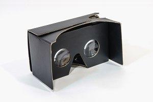 vr cardboard glasses in black