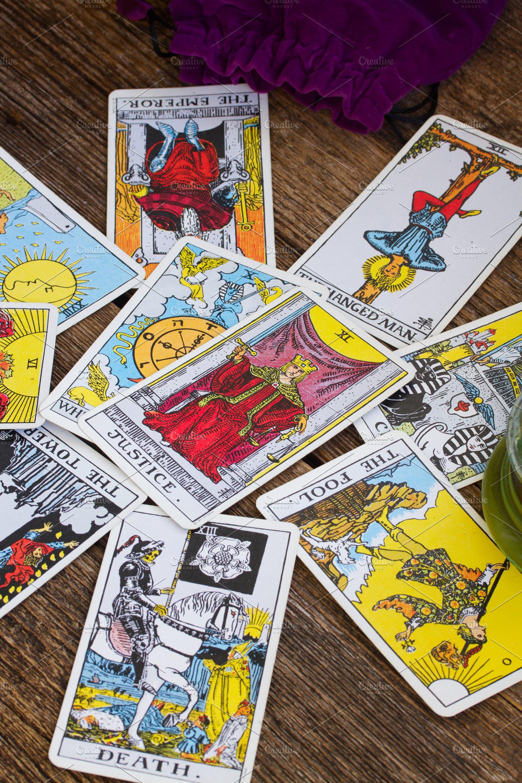 Tarot-kortit dating