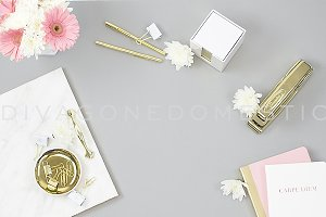 Styled Photo - Feminine Desktop