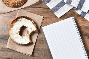 Bagel Note Pad