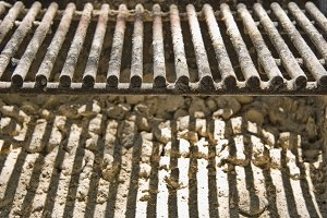 Old Barbecue Grill 2 (Photo)