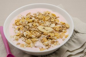 Yogurt with muesli and fruit