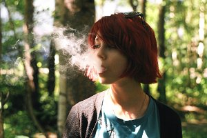 Sofia, a beautiful girl smokes