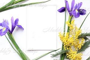 Spring flowers Mockup #2