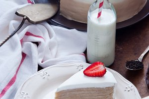 Crepe cake Napoleon with strawberry