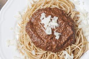 Spaghetti with pesto rosso