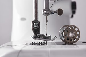 lateral detail sewing machine