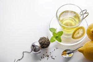 Green tea, mint, lemon top