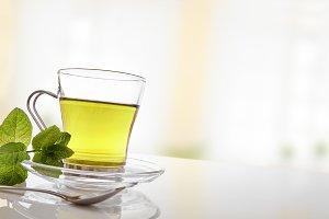 Green tea with mint diagonal