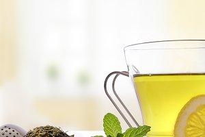 Green tea,mint,lemon in living room2