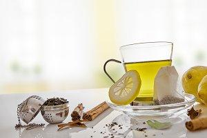 Green tea, cinnamon and lemon front