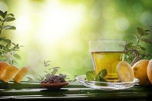 Oriental green tea with mint, lemon2