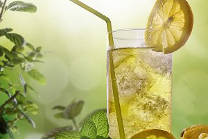 Refreshing drink with mint and lemon