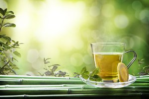 Oriental green tea with mint, lemon
